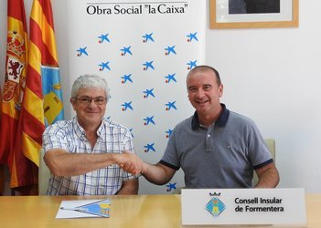"Obra Social ""la Caixa"", CiF renew commitment to island's elderly"